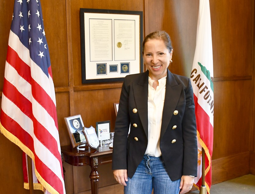 Image of Lt. Governor Kounalakis in her office in the California State Capitol